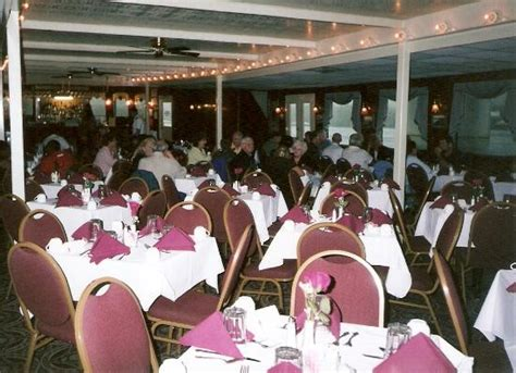 Dinner On A Boat In Tennessee by View From The Boat Picture Of Chattanooga Riverboat