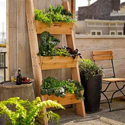 Outdoor Table Storage Picture