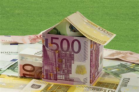 Rechtzeitig Anschlussfinanzierung Fuer Guenstige Zinsen Regeln by Geld Sparen Beim Anschlusskredit Sparda Bank Finanzen