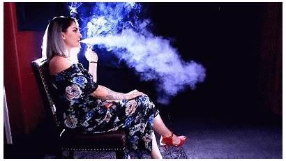Smoking Heavy Georgie Woman Smokers Smoker Usa