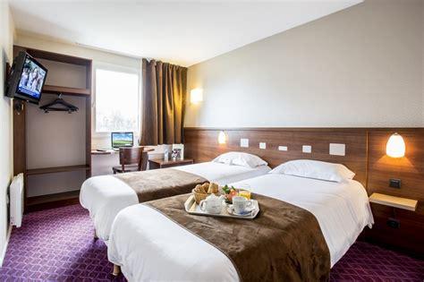 plus chambre d hotel les chambres d 39 hôtel du castel à rennes chantepie