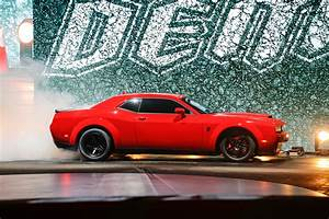 Dodge Challenger Srt Demon 2018 : 2018 dodge challenger srt demon gets its own insurance provider automobile magazine ~ Medecine-chirurgie-esthetiques.com Avis de Voitures