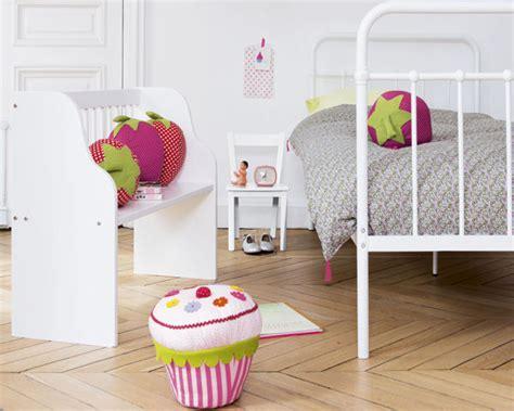 accessoire chambre fille les dernières tendances déco pour la chambre de votre