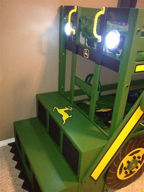 Deere Tractor Bunk Bed by White Deere Tractor Bunk Bed Diy Projects