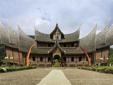 nih  spot wisata terbaik  bukittinggi sumatera barat