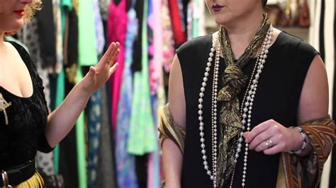 How To Get An Easy 20s Flapper Look With