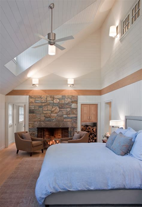 lighting  vaulted ceilings family room contemporary