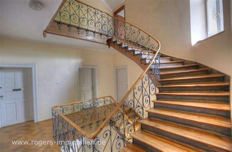 Immobilien Kaufen München Altbau by Sch 246 Nes Treppenhaus Im Altbau M 252 Nchen Schwanthalerh 246 He