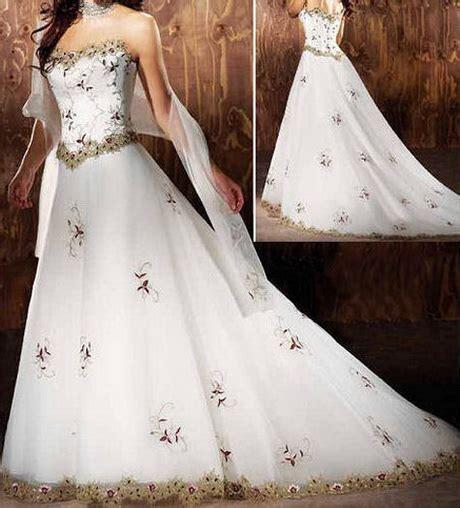 Wir haben die besten hochzeitskleider 2021 im angebot. Hochzeitskleider sissi stil