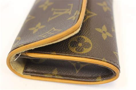 louis vuitton monogram twin pm shoulder bag  strap