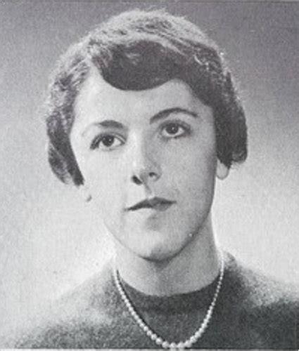 singular woman janny scott portrays obamas mother