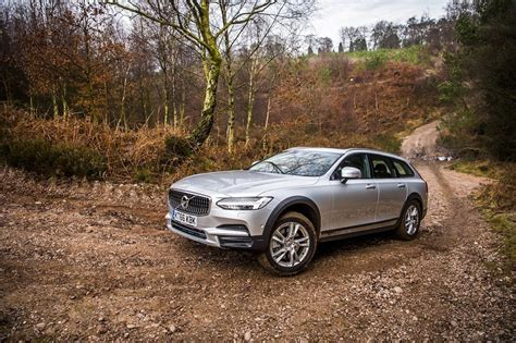 2017 Volvo V90 Cross Country by 2017 Volvo V90 Cross Country D5 Awd Review Practical