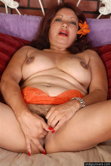 Sexy Mature Mexican Fucked 1 For Older