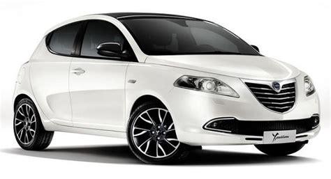 Lancia Ypsilon kontra Hyundai i20 - Lancia Ypsilon, Fot ...