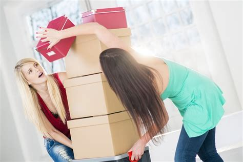 Tips for Asking a Roommate to Move Out | HuffPost