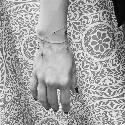vous allez adorer ces  tatouages de bracelets