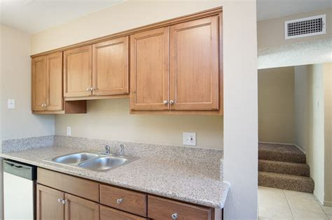 townhomes rentals cathedral city ca