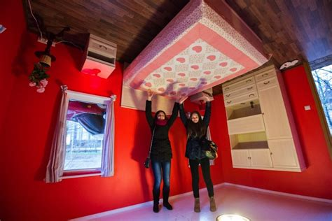 Russia's Upside Down House Defies Gravity