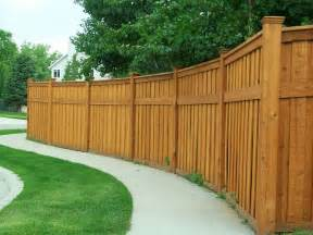Image of: Fence Some Collections Of Wood Fence Designs And How To Build It