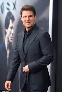 Tom Cruise looks smitten with Mummy co-stars iNew York ...