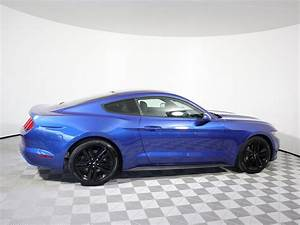 Certified Pre-Owned 2017 Ford Mustang EcoBoost 2dr Car in Parkersburg #D7677B | Astorg Auto