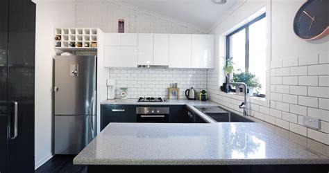 plan de travail cuisine quartz ou granit plan de travail cuisine en granit plan de travail en bois