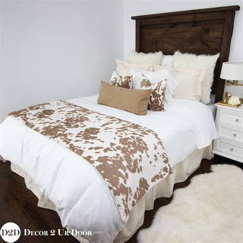 Cowhide Bedding Sets by Cowhide Designer Bedding Collection Decor 2 Ur Door