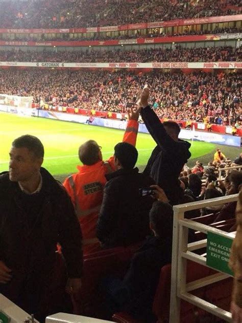 (Image) Arsenal Fans Angry After Stewards Confiscate ...