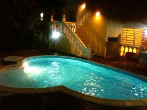 chambre chez l habitant guadeloupe chambre d 39 hôtes location vacances capesterre eau