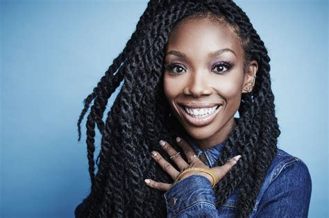 Rb Singer Brandy Rushed To The Hospital After Falling