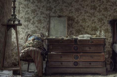 meubelen belgica brugge griezel mee in deze 6 belgische spookhuizen hebbes zimmo