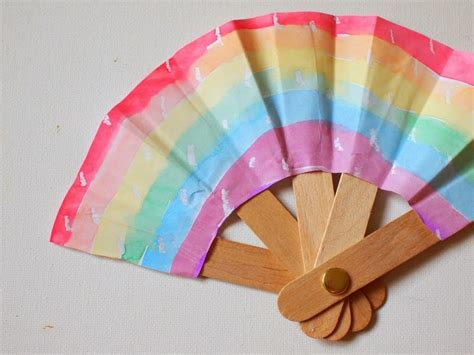 cool popsicle sticks fan allfreekidscrafts 289 | Staying Cool with Popsicle Sticks ExtraLarge900 ID 987376