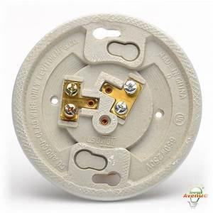 Leviton 49875 Porcelain Keyless Lampholder 250 Volt 660