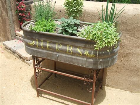 Awesome Patio Or Balcony Herb Garden Ideas (50