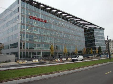 Oracle plans to launch its very first Incubation Centre in ...