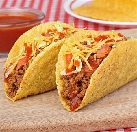 Taco Bell's 5 Buck Box and Other Meals Under $5 - Fast ...