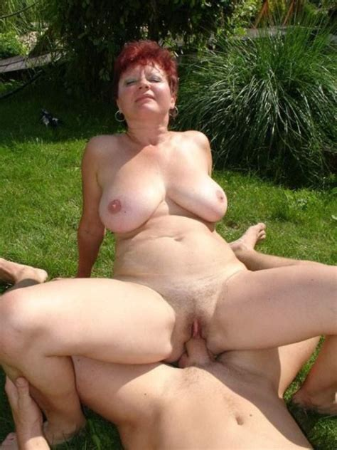 busty matures nude on the beach big size picture 5