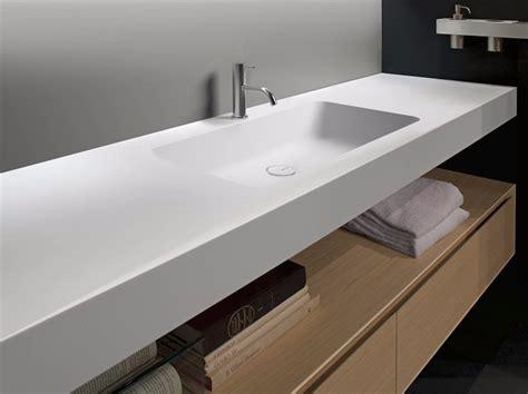 Lavabo In Corian® Con Piano Arco  Antonio Lupi Design