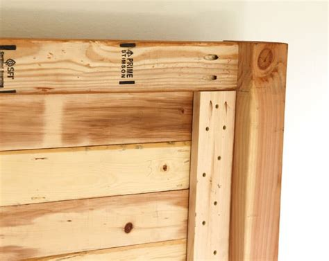 easy  beautiful wood diy headboard  piece  rainbow