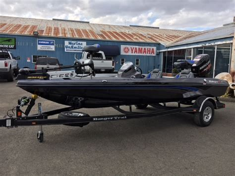 Aluminum Bass Boat Speeds by Boat Buying Aluminum Vs Fiberglass Westernbass