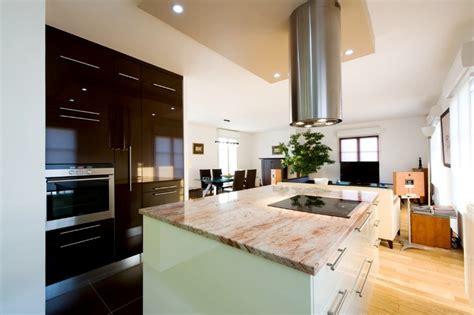 un bureau feng shui cuisine design classique et marbre poli armony cucine
