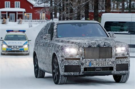 Rolls Royce Car :  Closest Look Yet By Car Magazine