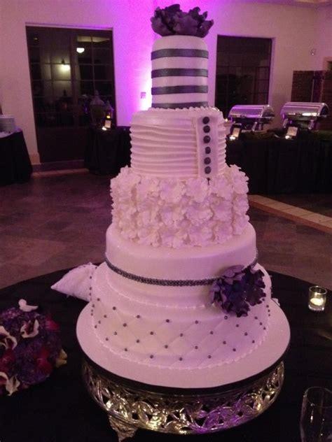modern couture  tier wedding cake weddingbee photo gallery
