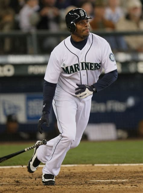 1 story homes ken griffey jr elected to baseball of fame sets
