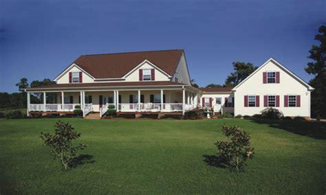 farmhouse plans  detached garage farmhouse plans