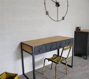 Bureau Type Industriel : bureau industriel et 4 tiroirs cr ation restauration de meuble industriel bureau ~ Dode.kayakingforconservation.com Idées de Décoration
