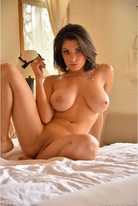 Darcie Dolce pleasing herself with a vibrator at PinkWorld ...