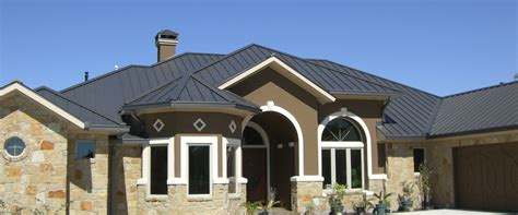 Roof : Standing Seam Metal Roofing