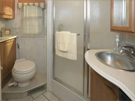 cool rv bathroom decoor