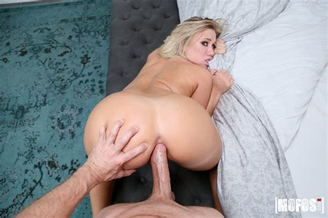 Blonde Teen Bailey Brooke Giving Pov Anal Sex Coed Cherry
